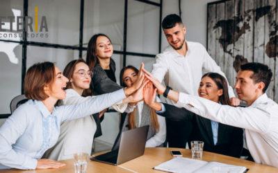 Labora lanza un plan de subvención para que las empresas contraten a jóvenes menores de 30 años